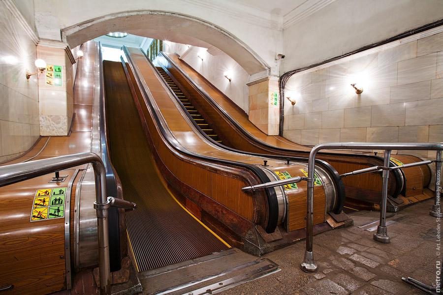картинки схема эскалаторы в метро литература контексте культуры