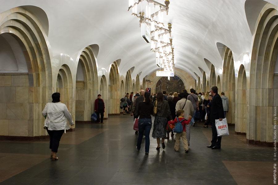http://russos.without.ru/img/metro/dobrininskaya-kocl/dobrininskaya-kocl-69.jpg