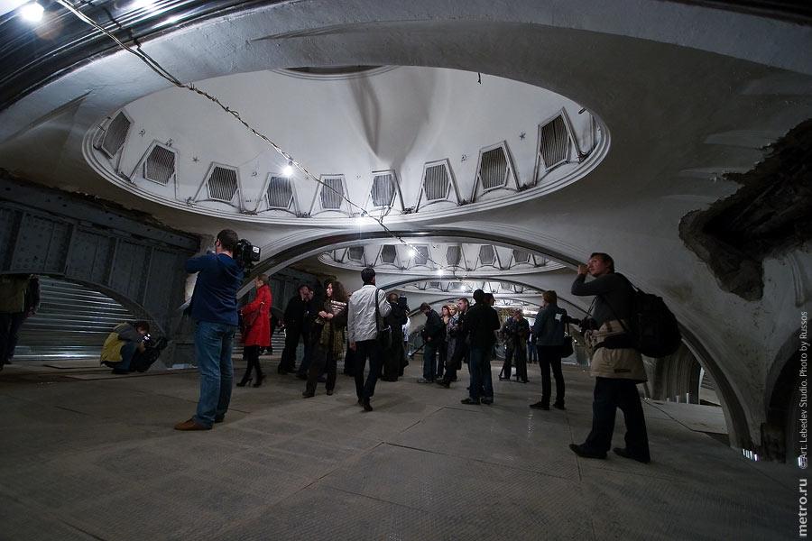 http://russos.without.ru/img/metro/mayakovskaya/mayakovskaya-028.jpg
