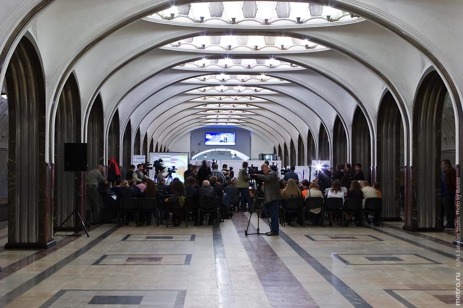 http://russos.without.ru/img/metro/mayakovskaya/mayakovskaya-046.jpg