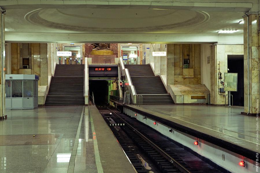 Станция «Партизанская»: russos