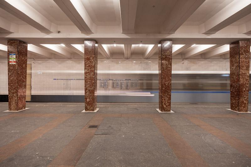 Станция «Первомайская» — первая «сороконожка»