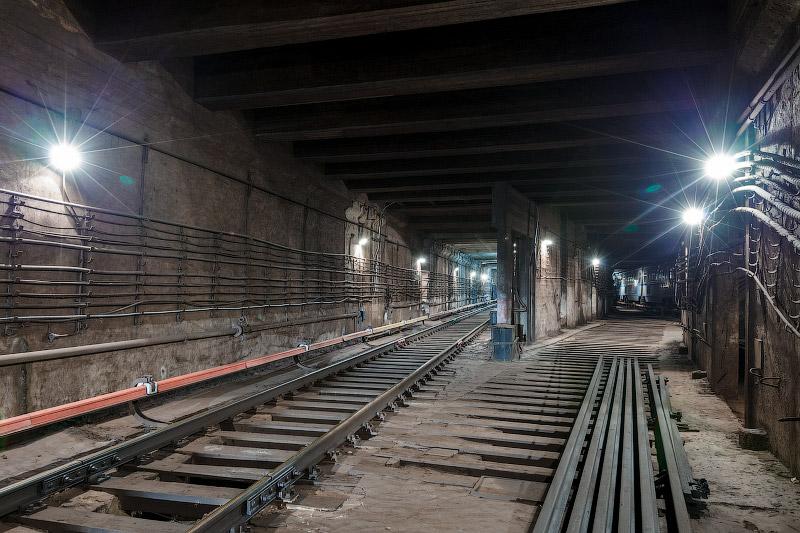 Тоннели вокруг станции «Первомайская»