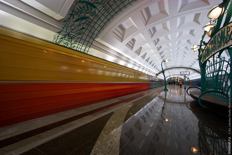 http://russos.without.ru/img/metro/slavbulvr/slavbulvr-15.jpg