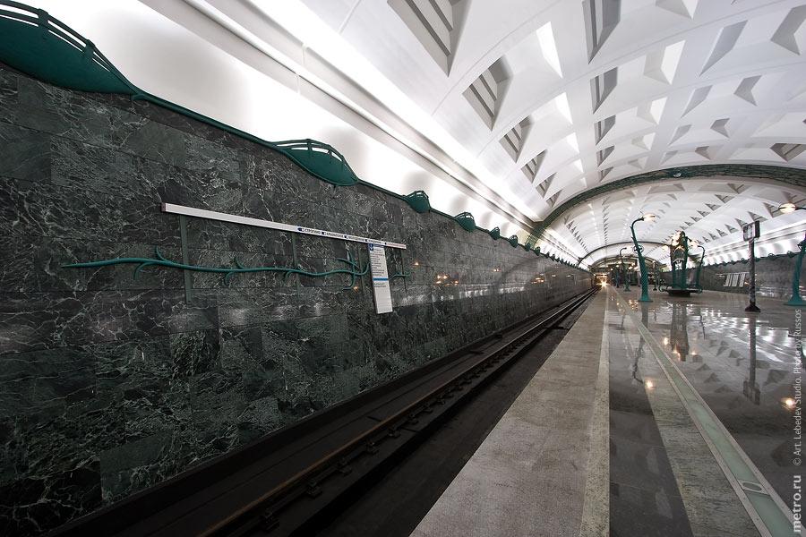 http://russos.without.ru/img/metro/slavbulvr/slavbulvr-16.jpg