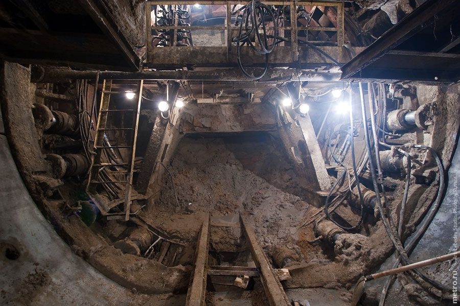 Line 3. Boring right tunnel near 'Mitino' station. ©Photo A.Popov, 2009