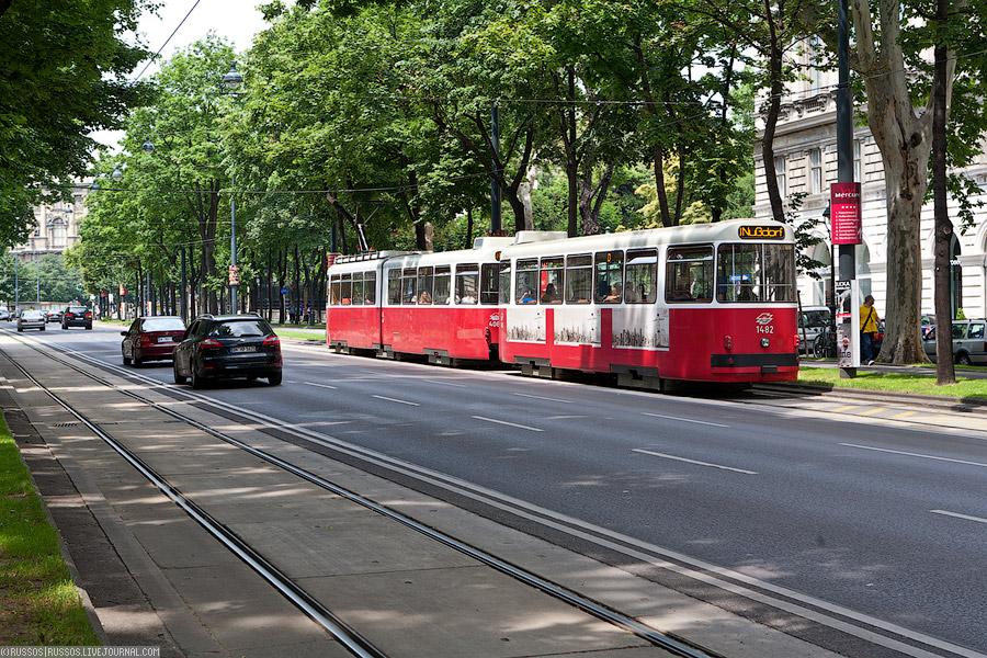 Венский трамвай (c) Russos, 2010