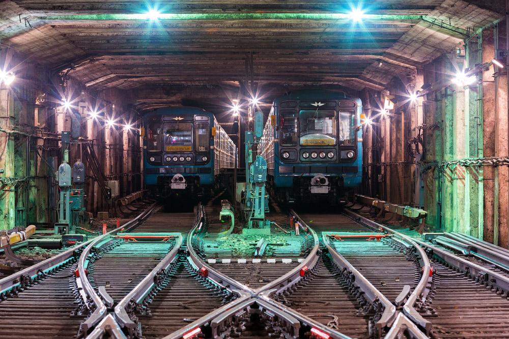 Станция «Автозаводская» и тоннели вокруг
