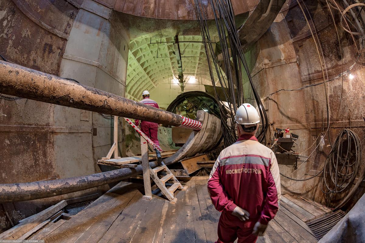 Очень необычная проходка! метров, тоннелей, Проходка, углом, тоннеля, ветки, диаметром, щитом, потребовало, Москве, сделан, этого, будет, больше, Поэтому, правой, сооружение, грунтах, камеру, камере